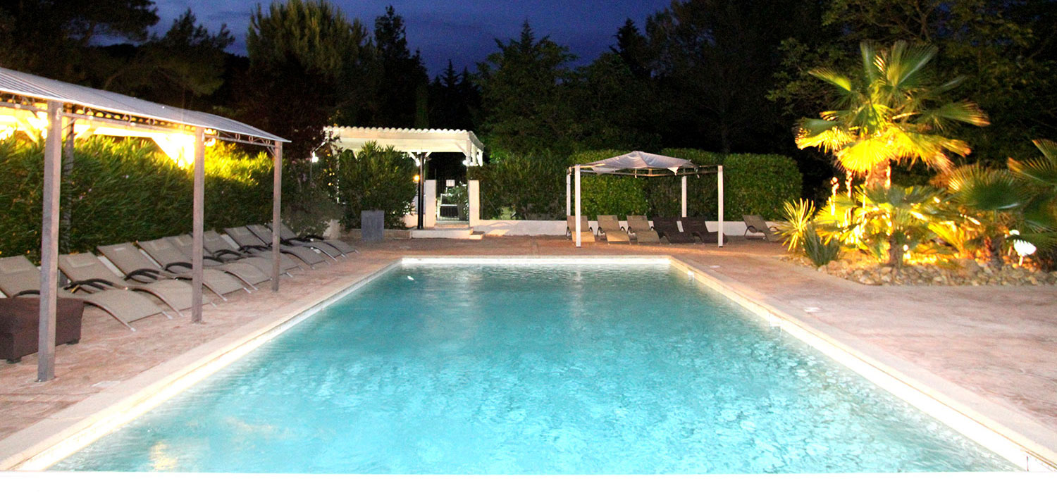 H tel var 83 piscine tennis restaurant for Hotel piscine var